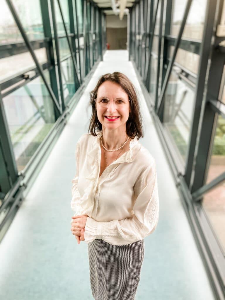 Joan Janssen kwaliteitsmedewerker van Quality Contacts