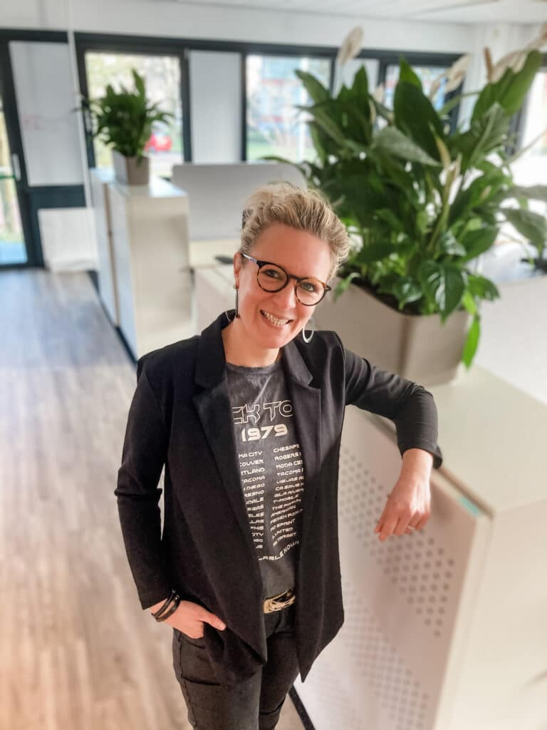 Jolanda van der Steeds teamleider van Quality contacts