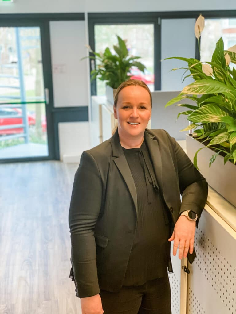 Lizette van de Wetering trainer van quality contacts