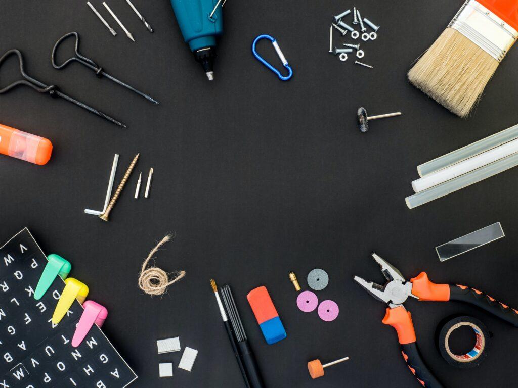 gereedschappen om tools voor medewerkerstevredenheid aan te geven