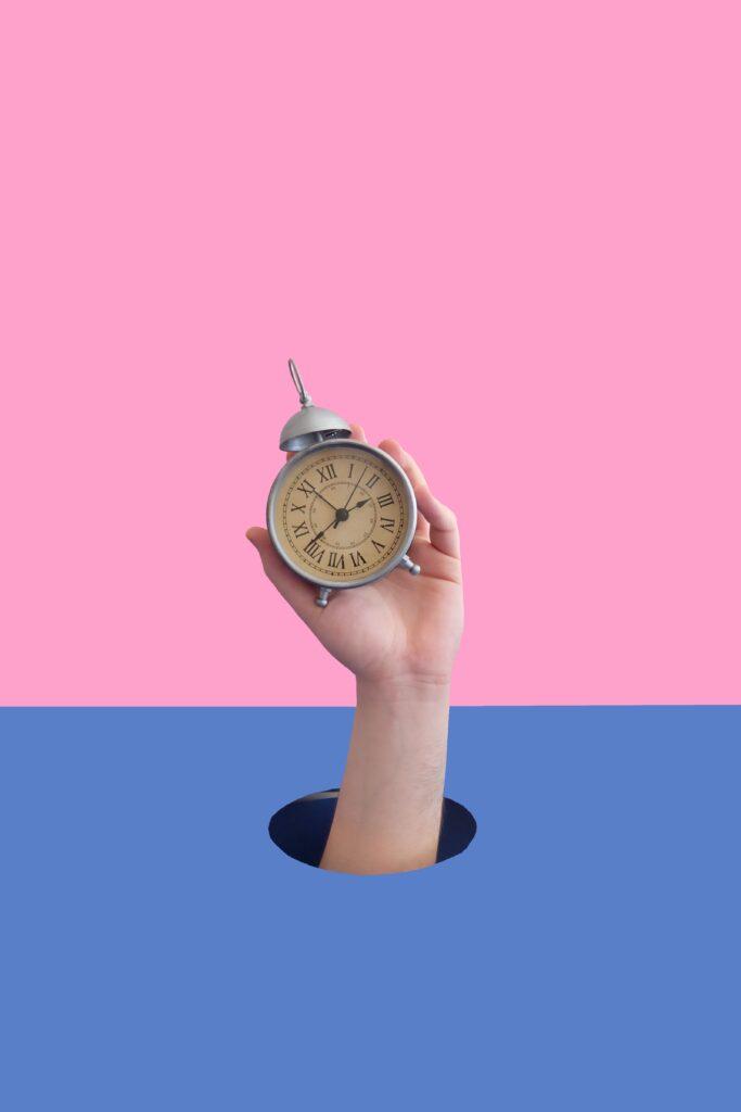 Een klok en wekker voor flexibele tijden